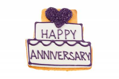 Select Anniversary Sugar Cookie